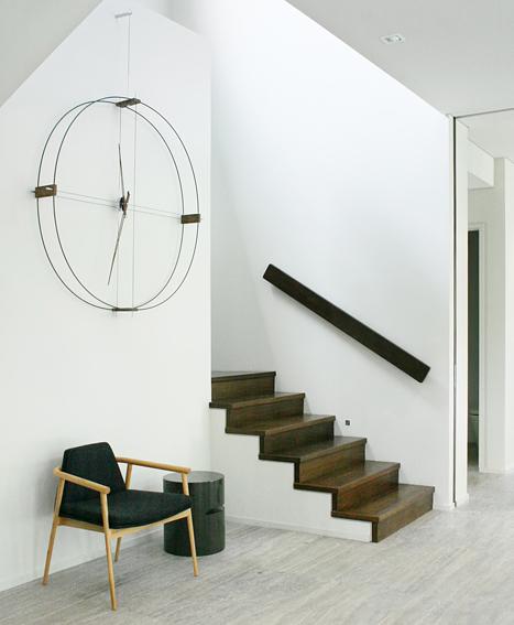 Fiberglass Metal Wallnut Clock