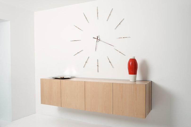 Merlin Nomon Clocks Interior
