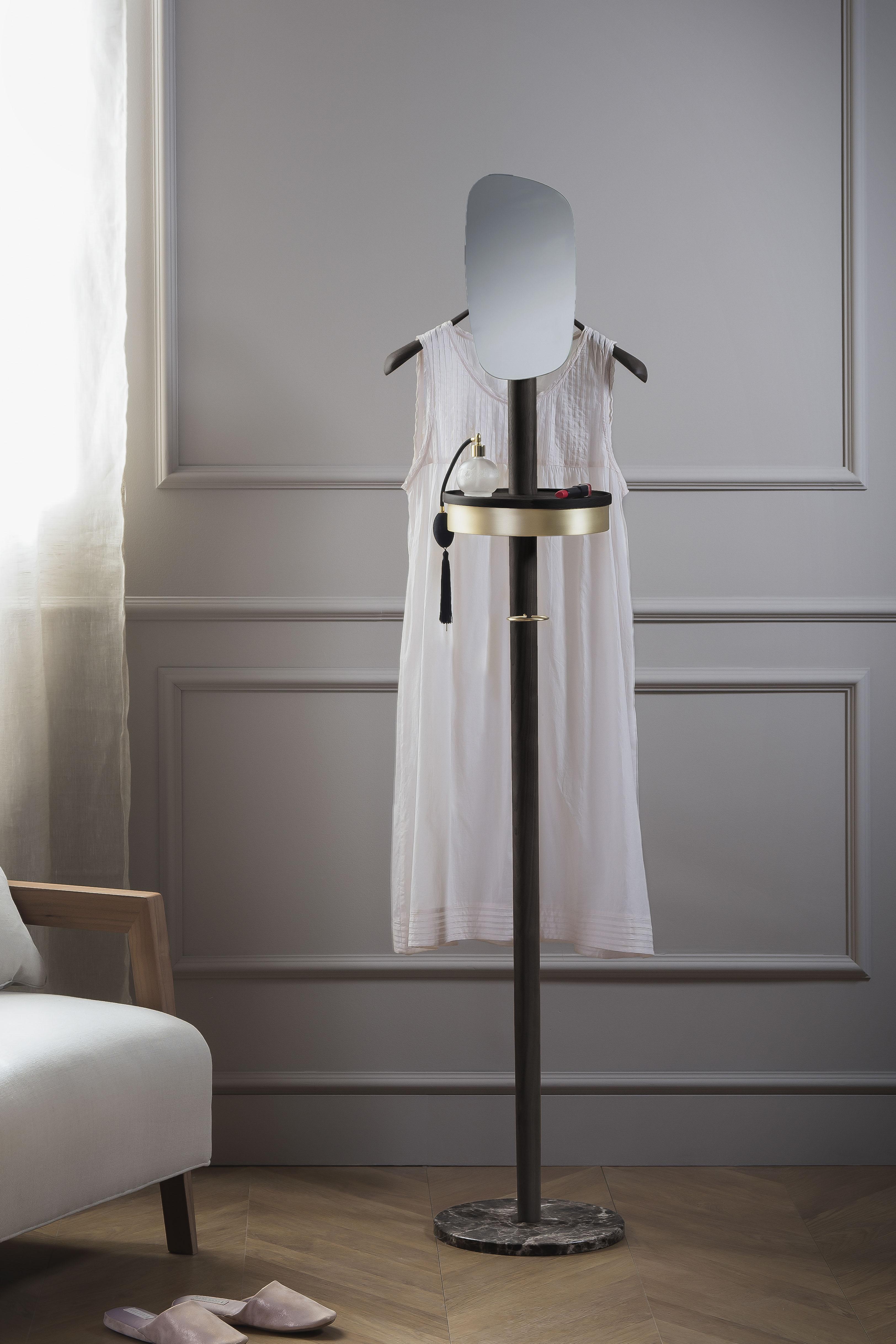sofa_furniture_dress_gold