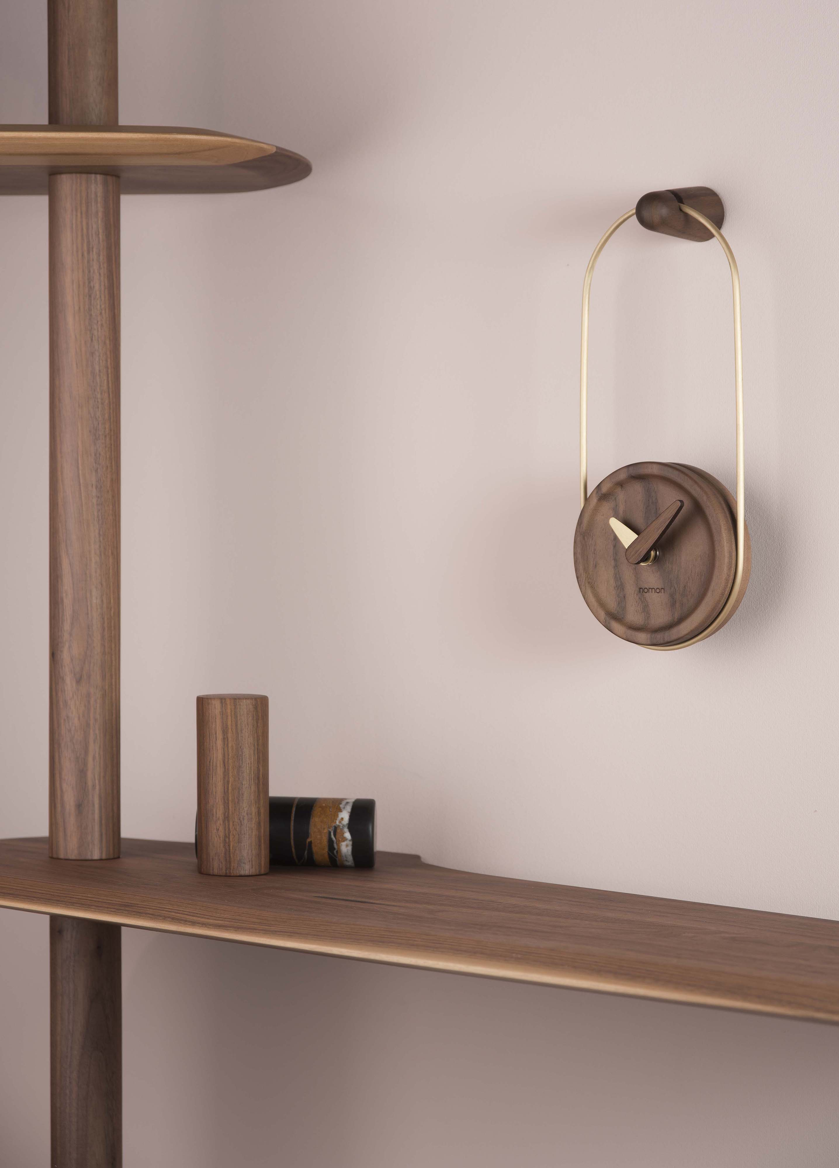 MCESLAGN MICRO ESLABON WALNUT GOLD AMBIENTE LOW RES